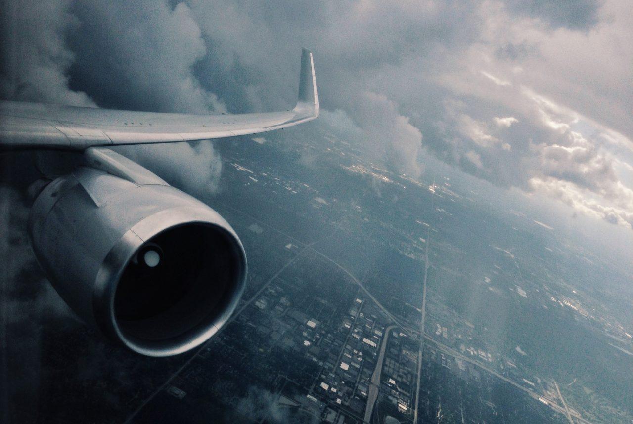 EU ordena suspensión de vuelos desde y hacia Venezuela
