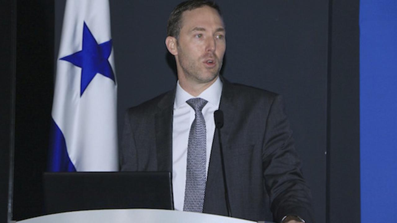 Ministro de Comercio e Industrias de Panamá dejará cargo iniciando 2019