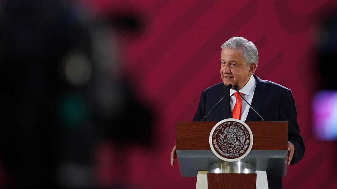 López Obrador anuncia la desaparición del Seguro Popular