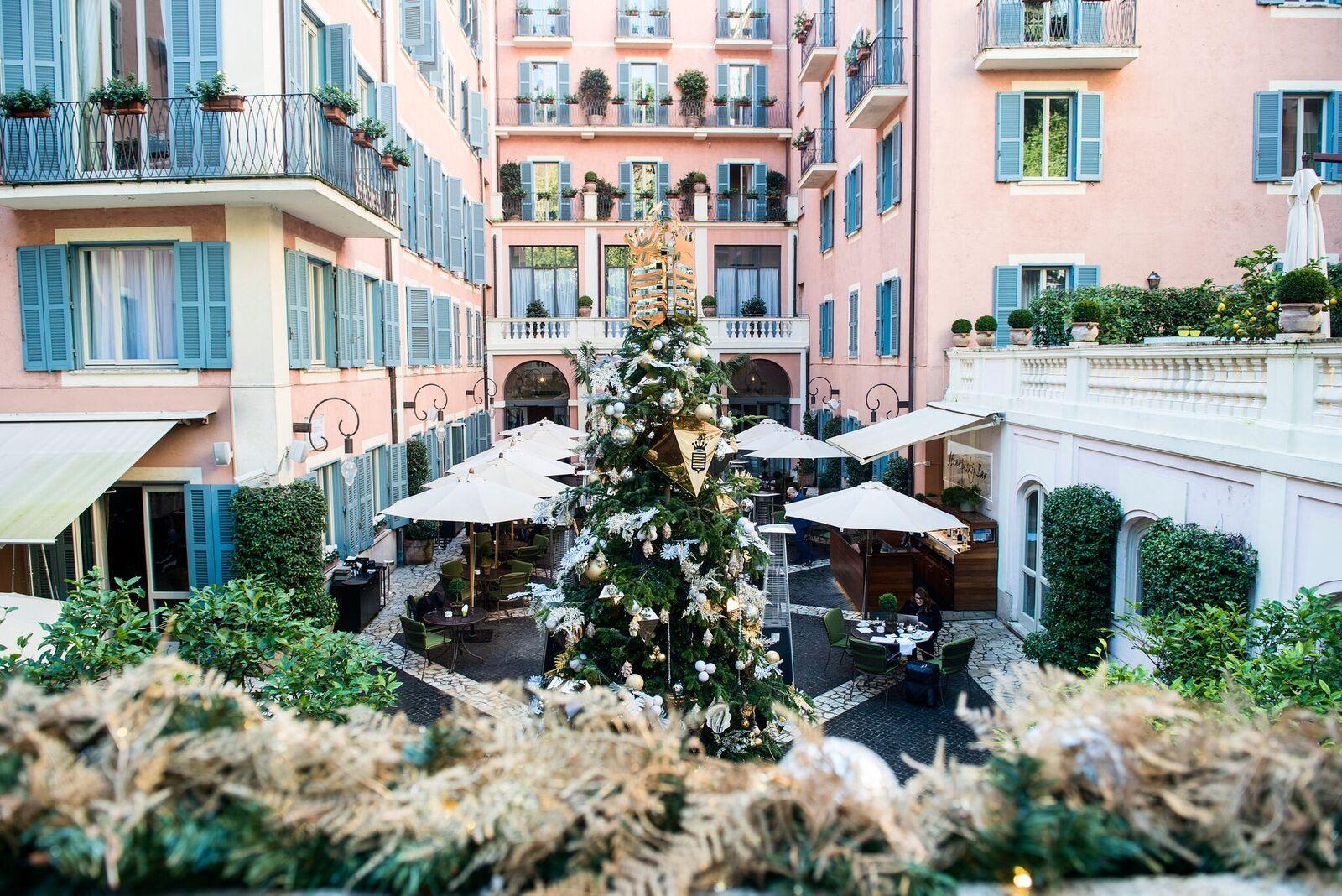 Así luce el árbol de Navidad más lujoso del mundo