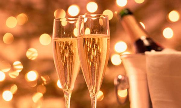 Cómo elegir un vino espumoso para brindar en Año Nuevo