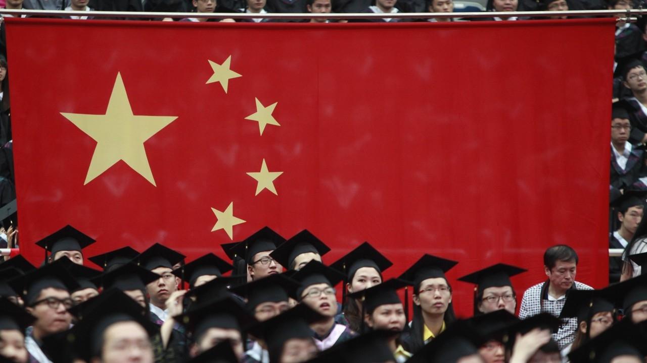Gobierno chino impide tomar 11 millones de vuelos a personas con 'baja puntuación social'