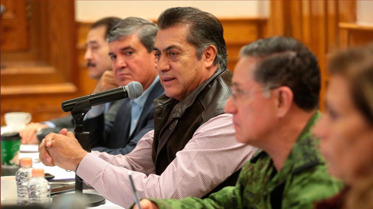 Denuncian ante fiscalía anticorrupción el megasueldo de la suegra de 'El Bronco'