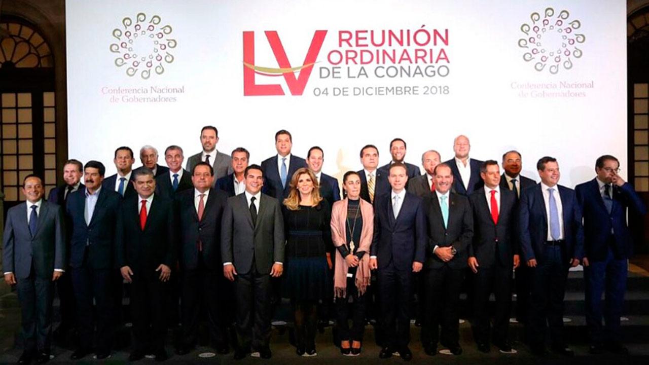 Presidente López Obrador se reúne con gobernadores en Palacio Nacional