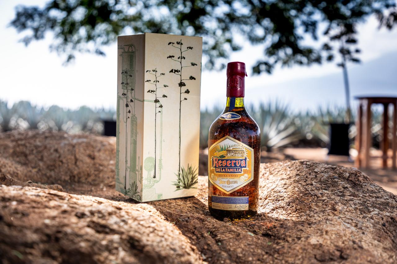 Un tequila, un país: Reserva de la Familia y el arte de la trascendencia