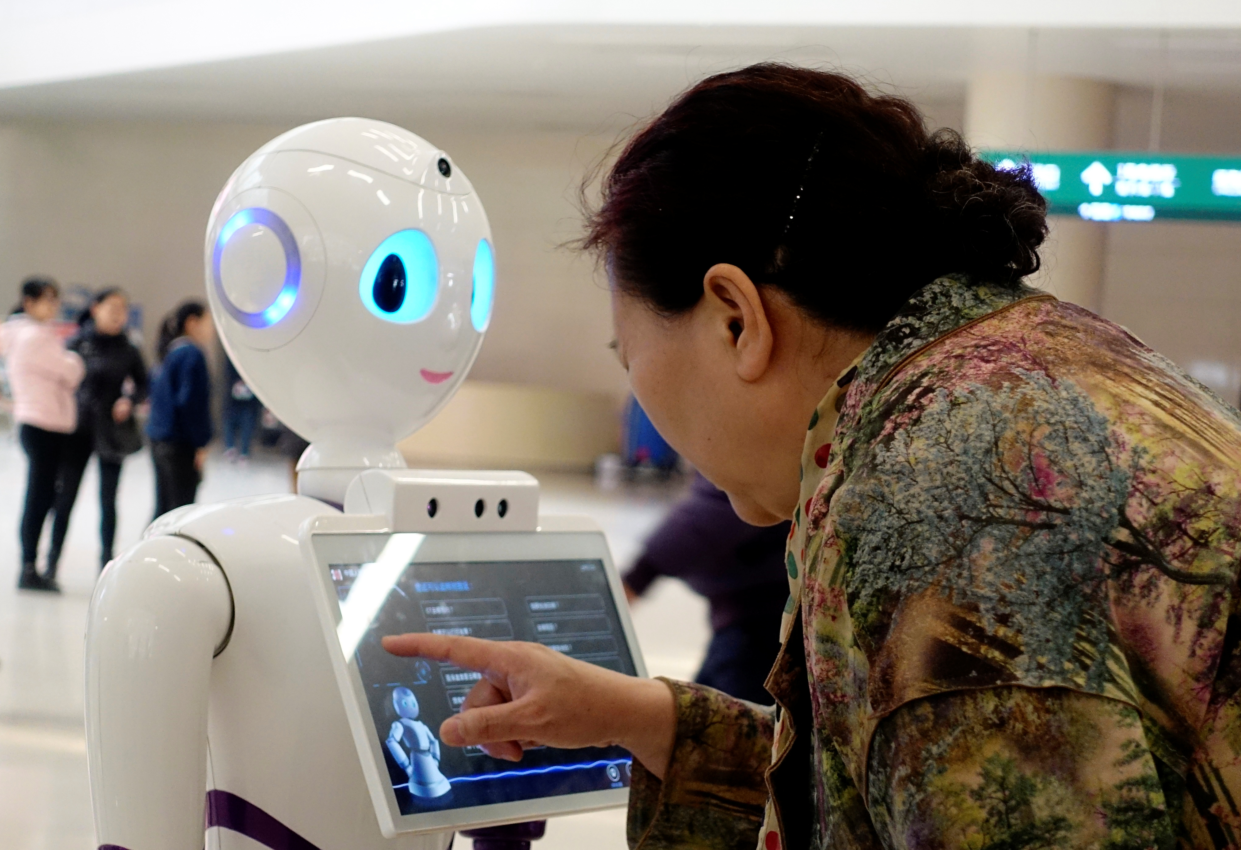Inteligencia emocional, la otra inteligencia que se requiere ante más automatización