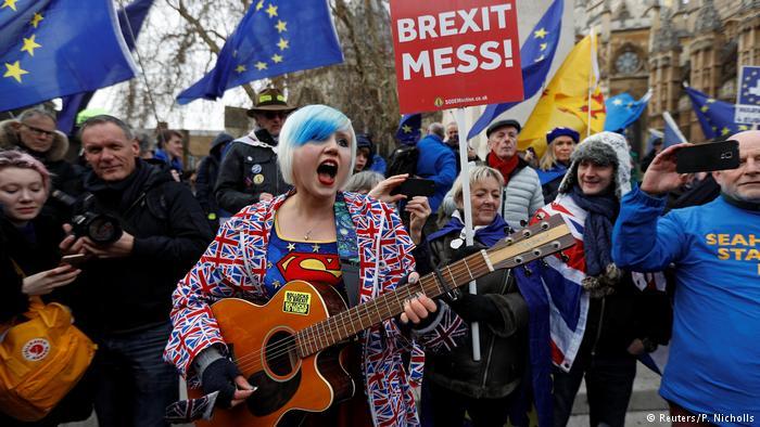 Parlamento británico: ni otro referéndum, ni retrasar el Brexit, ni salir sin acuerdo