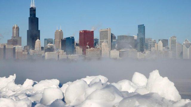 Ola polar azota a Chicago. Extreman medidas. Foto Reuters
