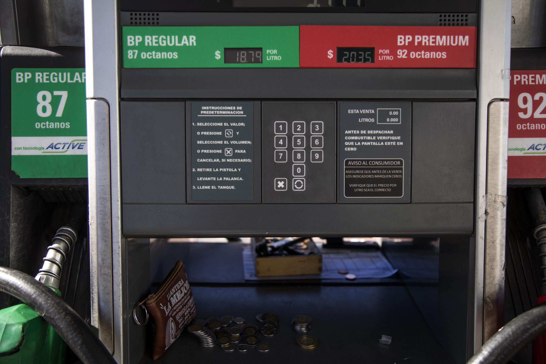 Caos por desabasto de gasolina acapara las redes sociales