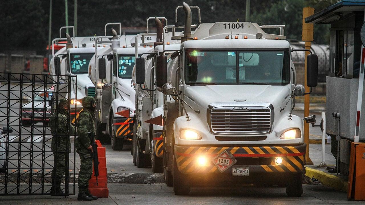 Transportistas reportan robo de pipas de gasolina; solicitan apoyo del gobierno