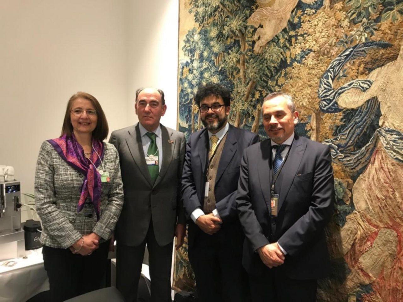 México busca inversión en Davos para crear empleos de calidad