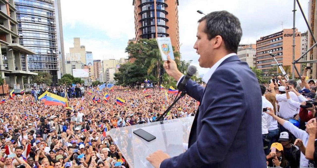 Guaidó pide ayuda a México; nos apegaremos a la Constitución, dice AMLO