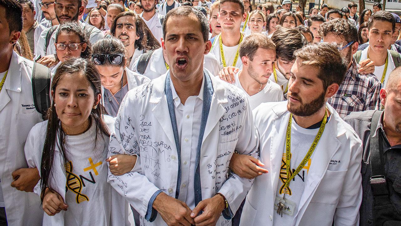 Gobierno venezolano detiene a jefe de despacho de Juan Guaidó
