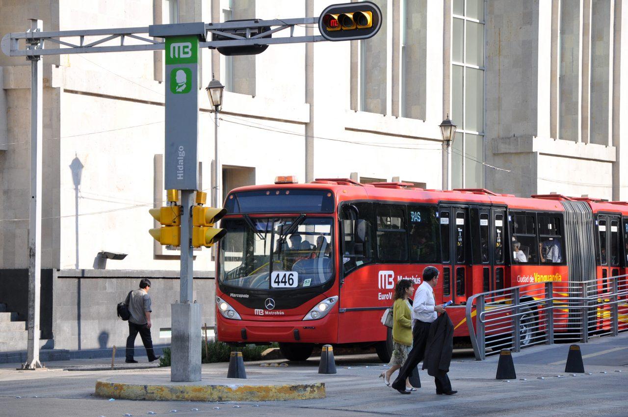 Metrobús dará servicio en la noche de los Reyes Magos