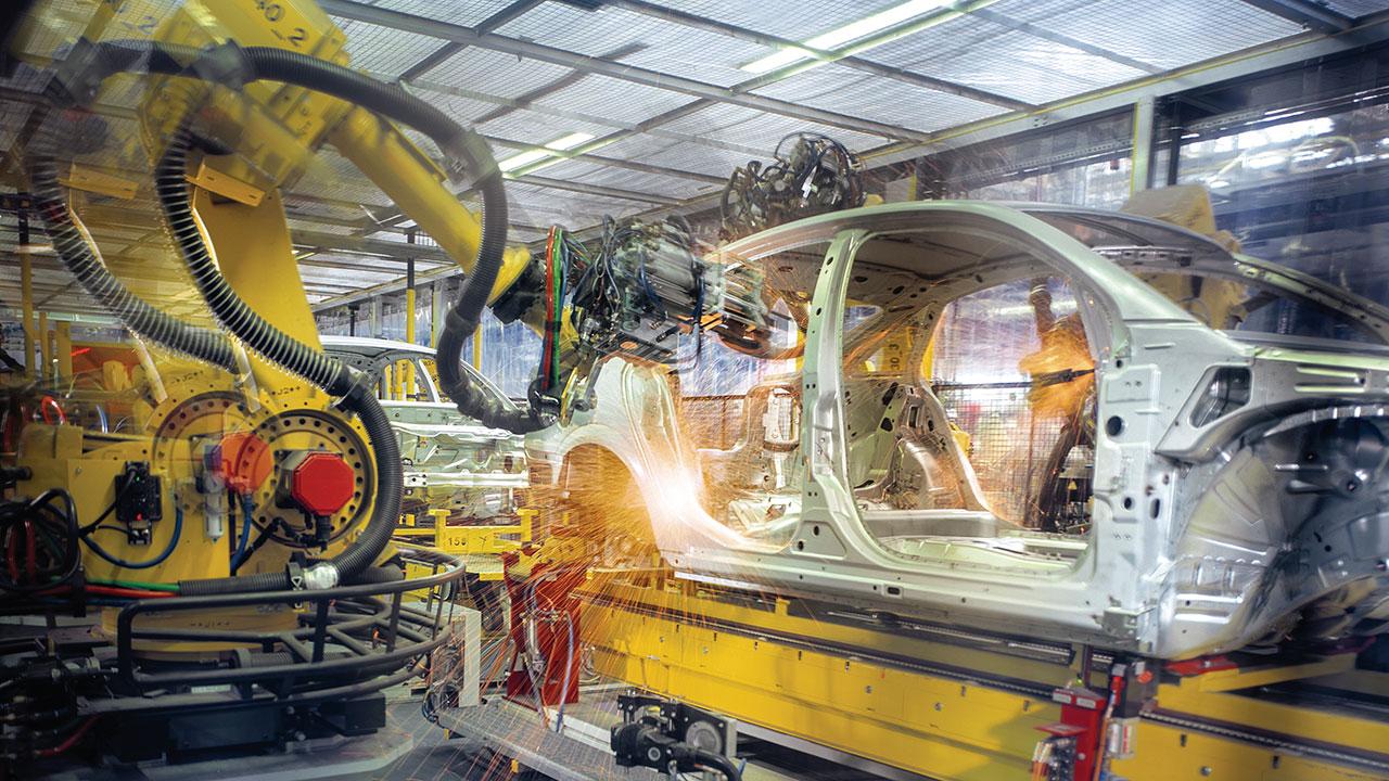 Automotrices de EU reanudan producción tras dos meses de cierre por Covid-19