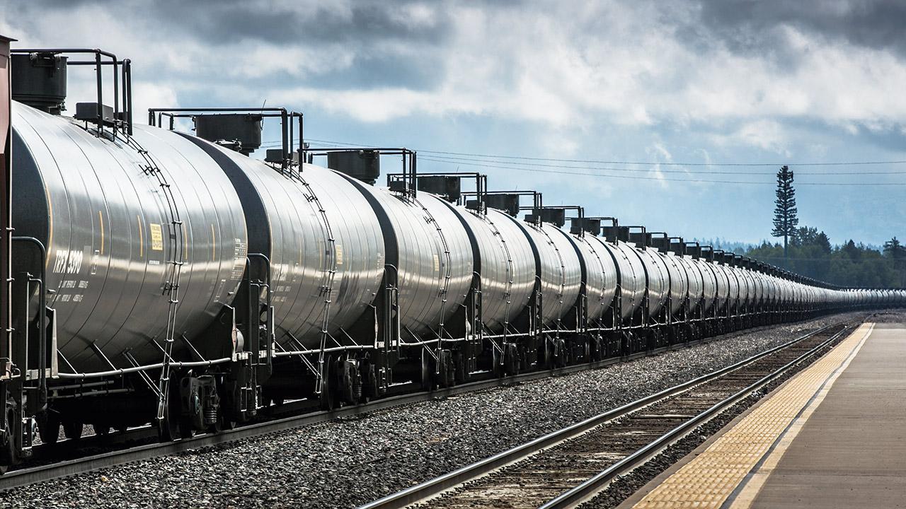 Infraestructura e inseguridad atoran el negocio ferrocarrilero