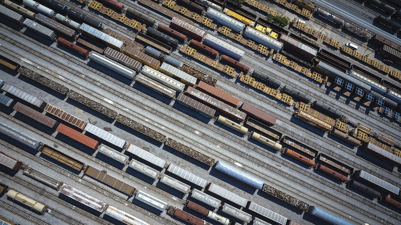 Reavivan debate sobre viabilidad del ferrocarril