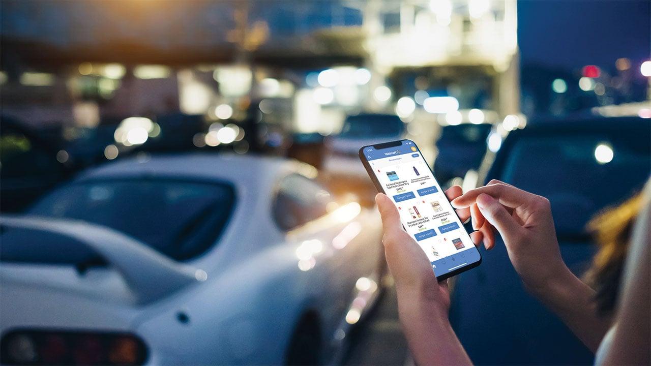 Sin PCs y tablets, los hogares mexicanos usan smartphones para sortear la realidad