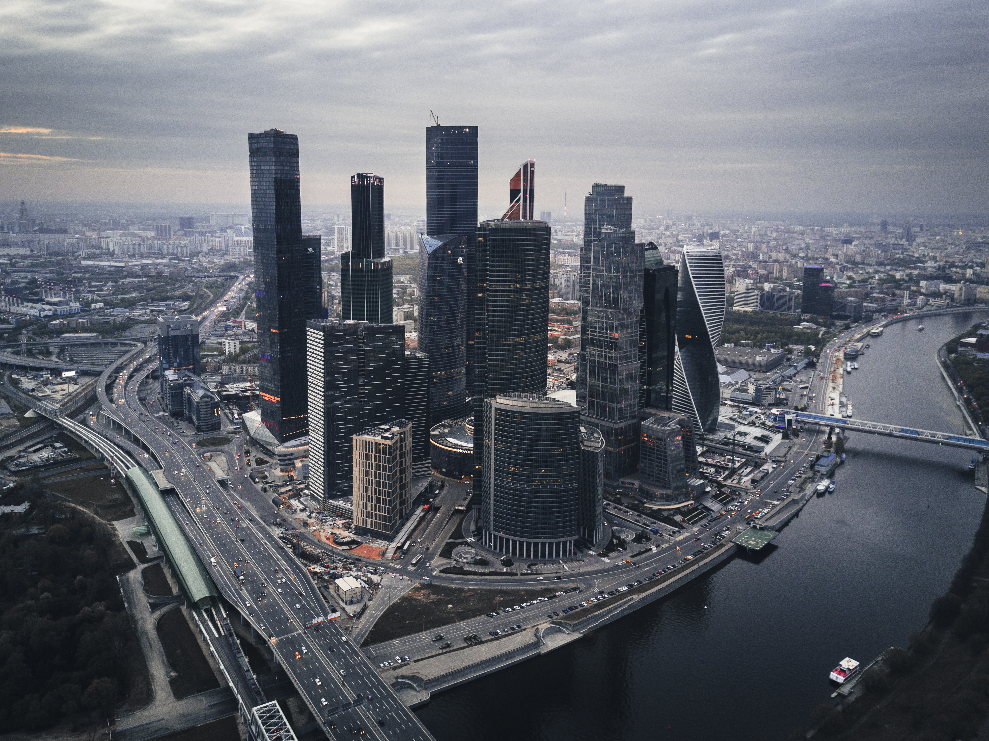 La manía de los rascacielos eclipsa el sueño de los barrios periféricos de Moscú