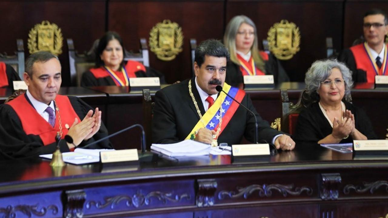 Maduro abre vía al diálogo propuesto por México y Uruguay