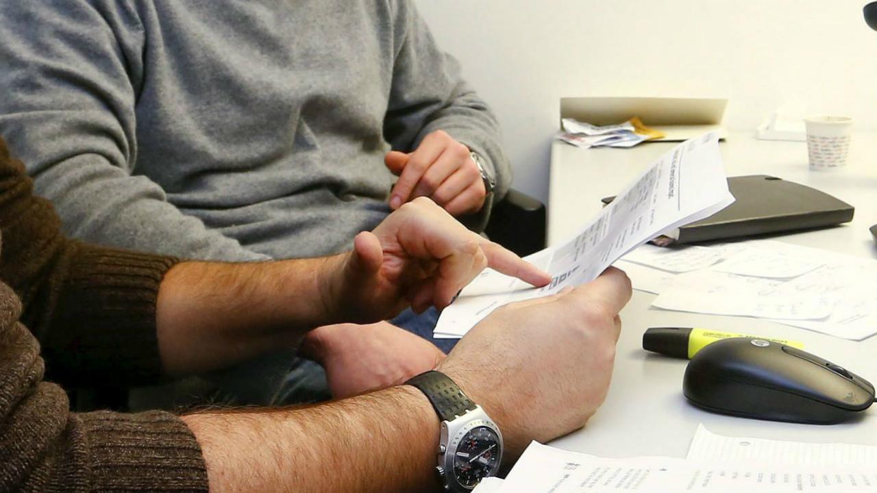 Adeudos fiscales no desaparecen al momento de fallecimiento: Condusef