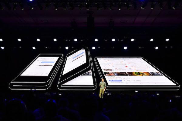 Samsung insinúa esperado debut de su teléfono plegable