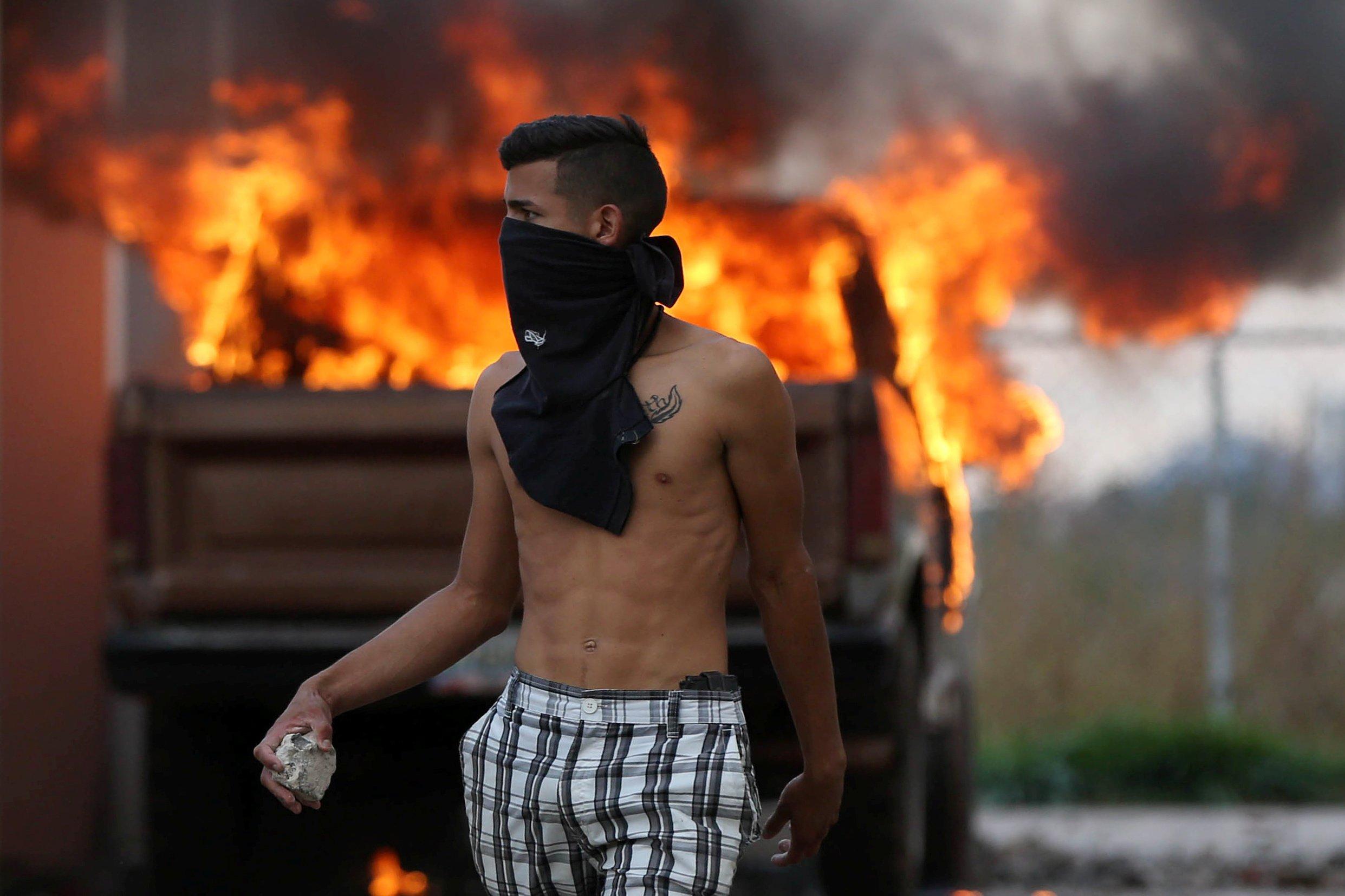 Tesoro de EU anuncia nuevas sanciones a fuerzas de seguridad de Maduro