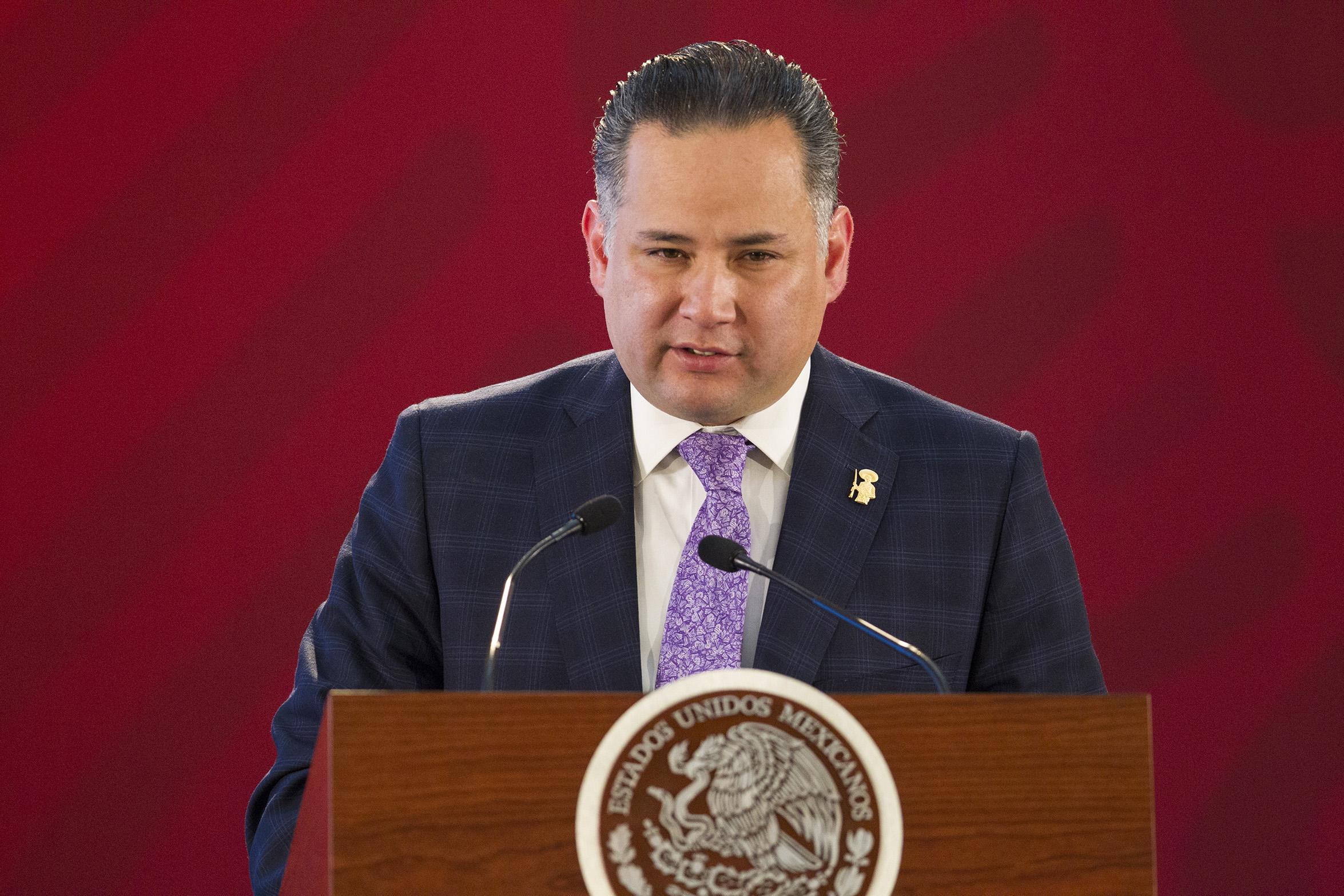 Gobierno pone en la mira a familiar de García Alcocer: habla de lavado y evasión