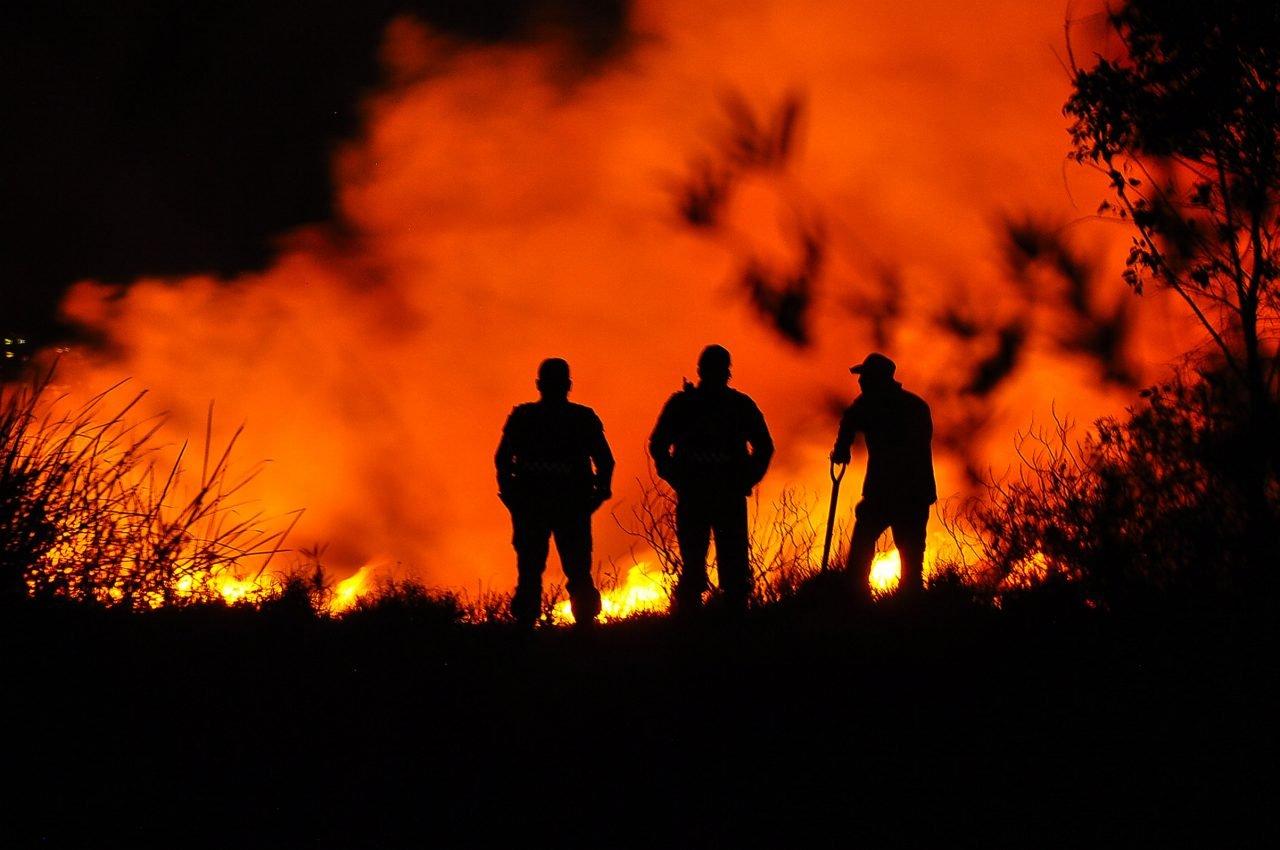 Incendio en Xochimilco afectó 40 hectáreas de pastizales