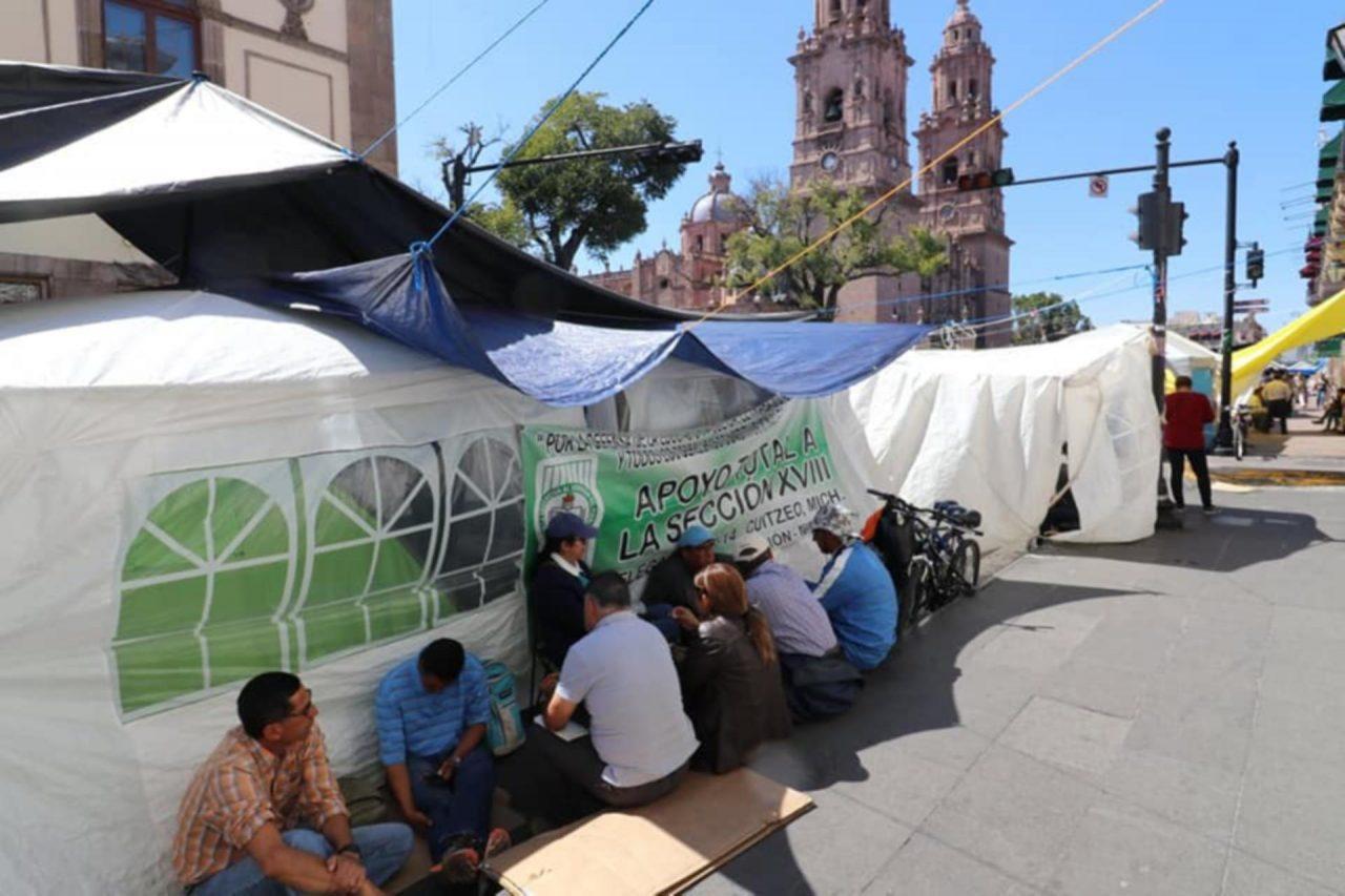 Industria automotriz se suma a petición de liberar vías en Michoacán