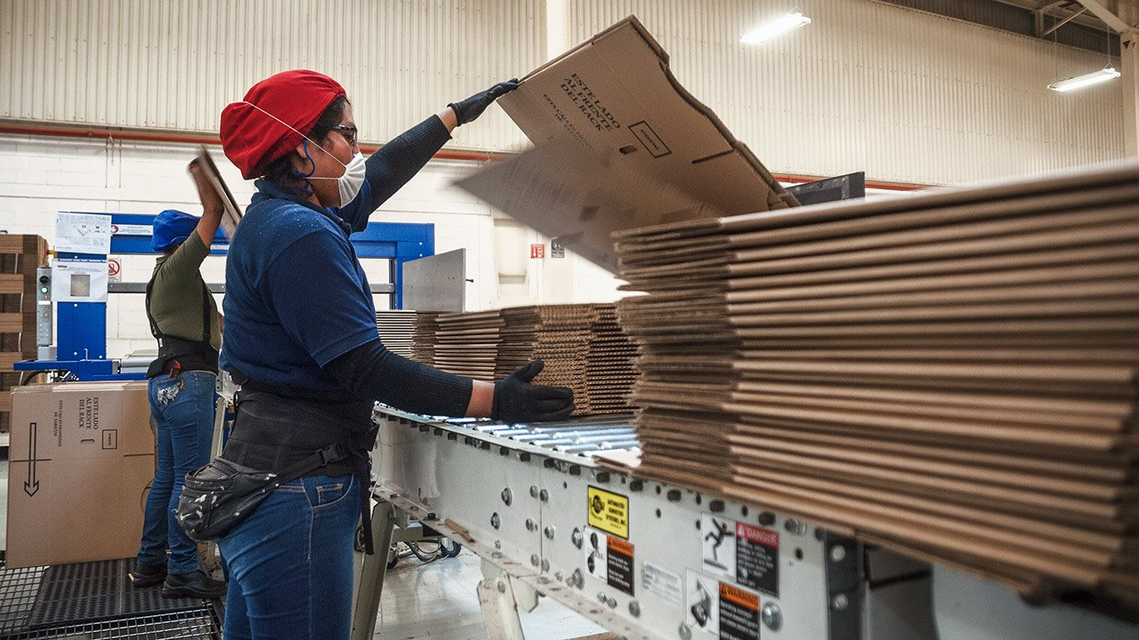 Creación de empleo formal disminuyó 68% en agosto: IMSS