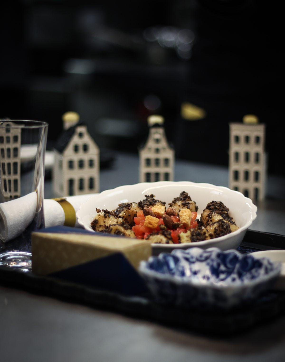 Mikel Alonso diseña menú para la Business Class de KLM
