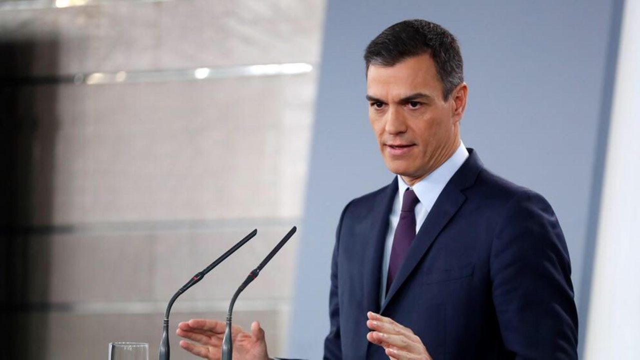 Tras 8 meses en el cargo, presidente español convoca elecciones para abril