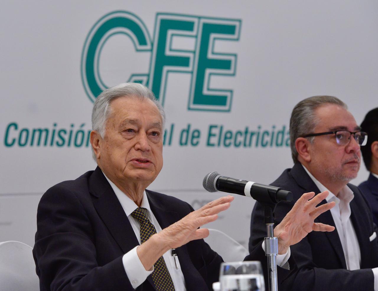 CFE es víctima de las tarifas de la CRE: Bartlett