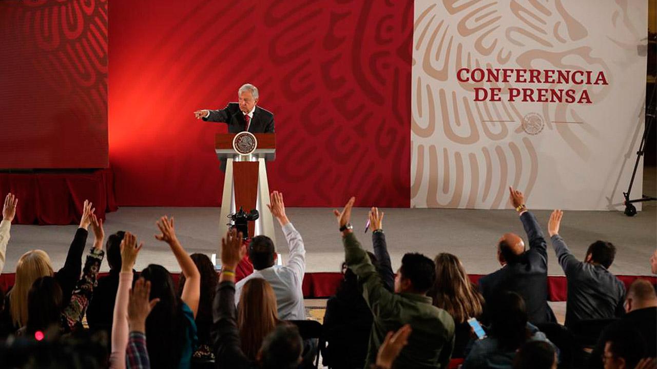 López Obrador revela firma de contratos de inversión en Pemex