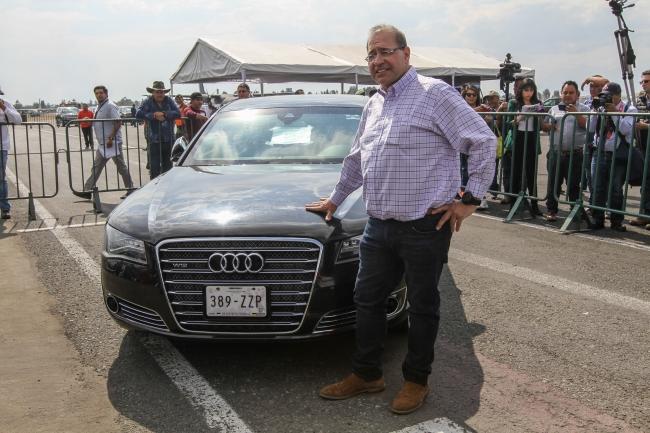 """Empresario de Monterrey compra """"La Bestia"""" mexicana en 2 millones de pesos"""