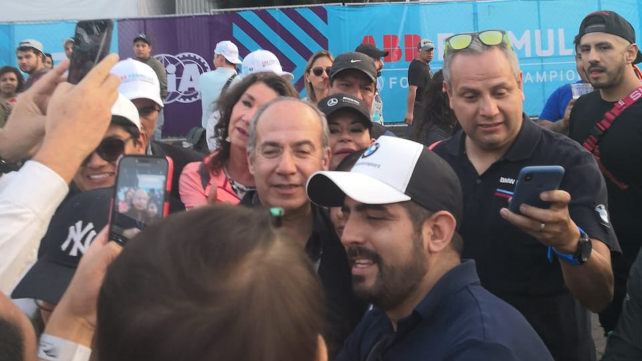 Felipe Calderón roba cámara en la Fórmula E en la CDMX