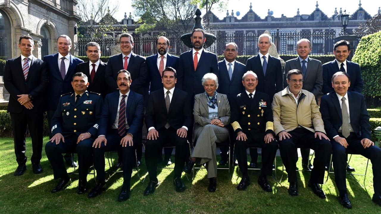 Gobernadores del PRI pactan en Segob apoyo a creación de Guardia Nacional