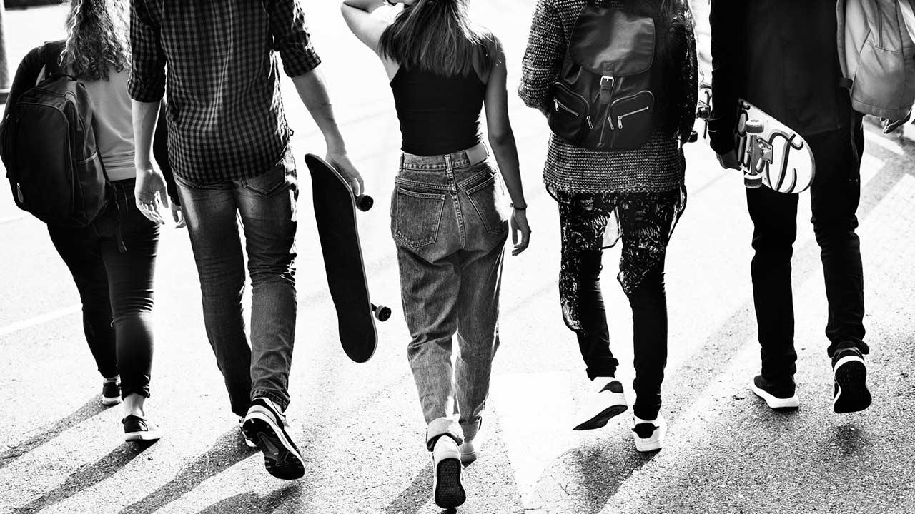 Más de la mitad de los jóvenes espera que alguien los mantenga en su retiro