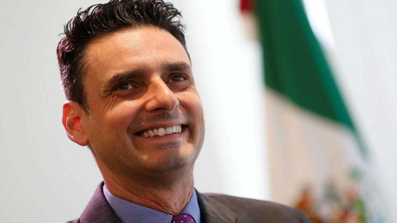 La CRE seguirá su trabajo a pesar de que el gobierno la cuestiona: García Alcocer