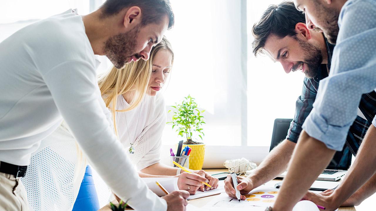 Atrae talento joven a tu empresa entendiendo lo que los motiva