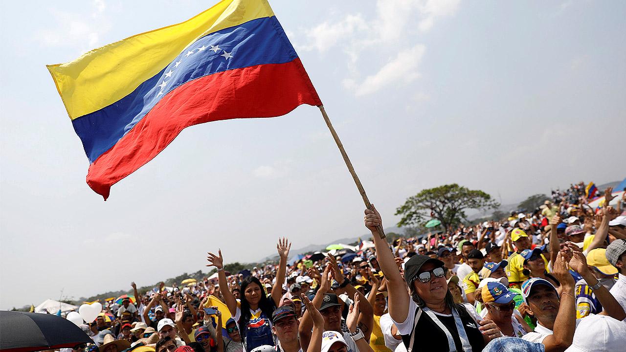 Cruz Roja entrega a Venezuela el primer cargamento de ayuda humanitaria