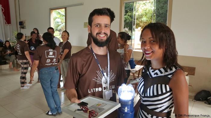 Luz embotellada: energía solar para los Kalunga en Brasil