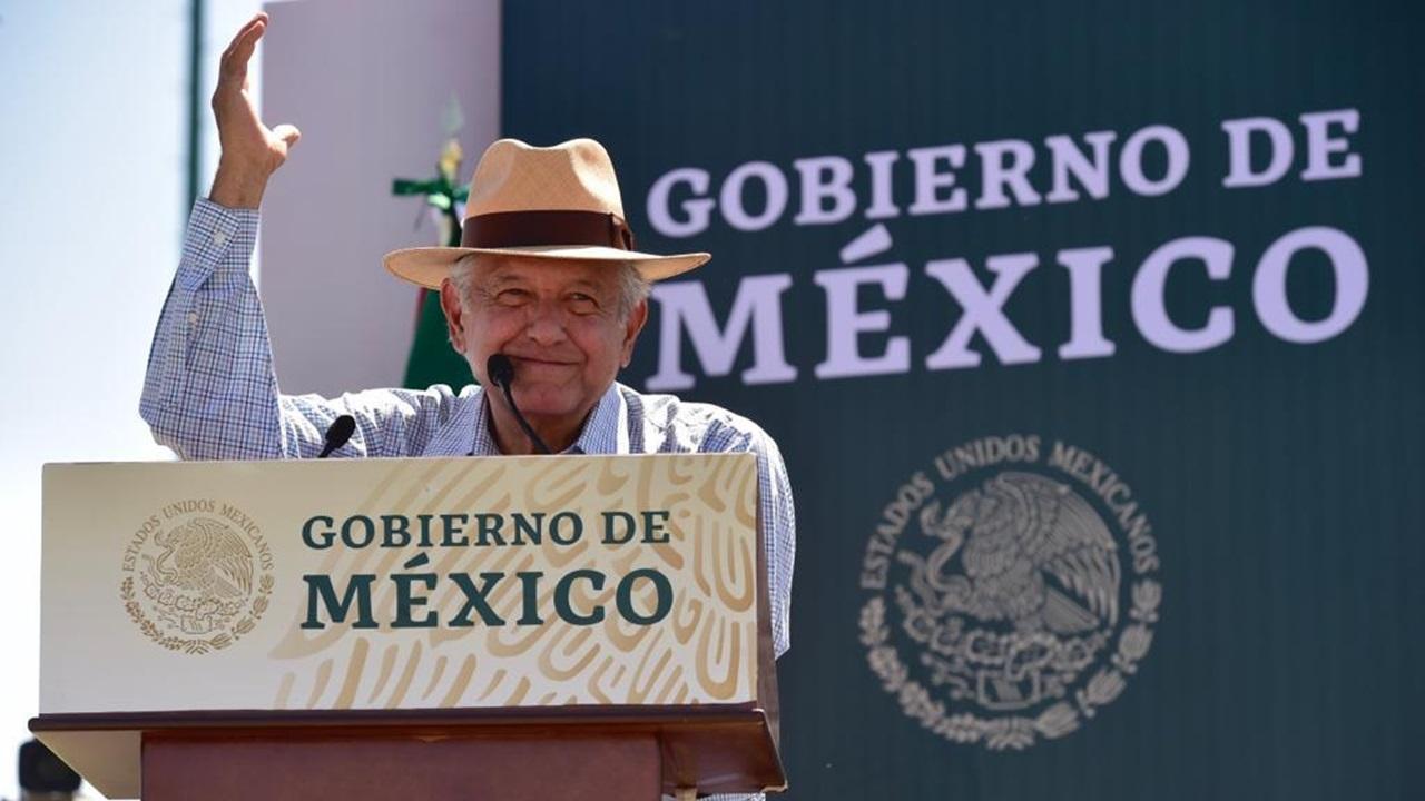 López Obrador pide elecciones limpias en Puebla, los que cometan delitos irán a prisión