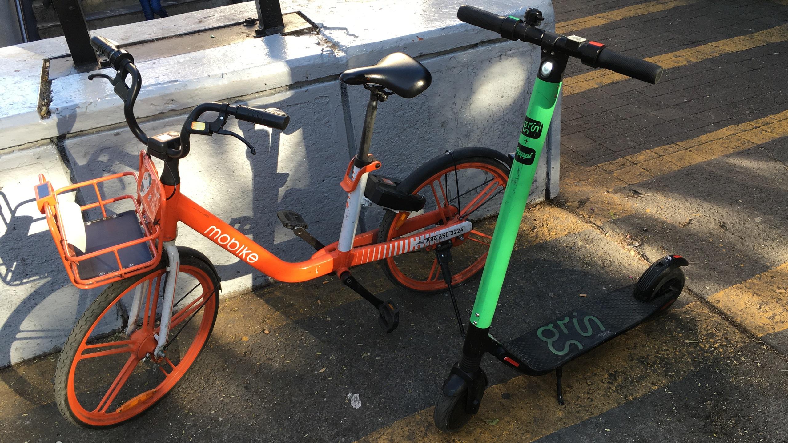 Se permitirá vía libre a bicicletas y scooters en banquetas de CDMX
