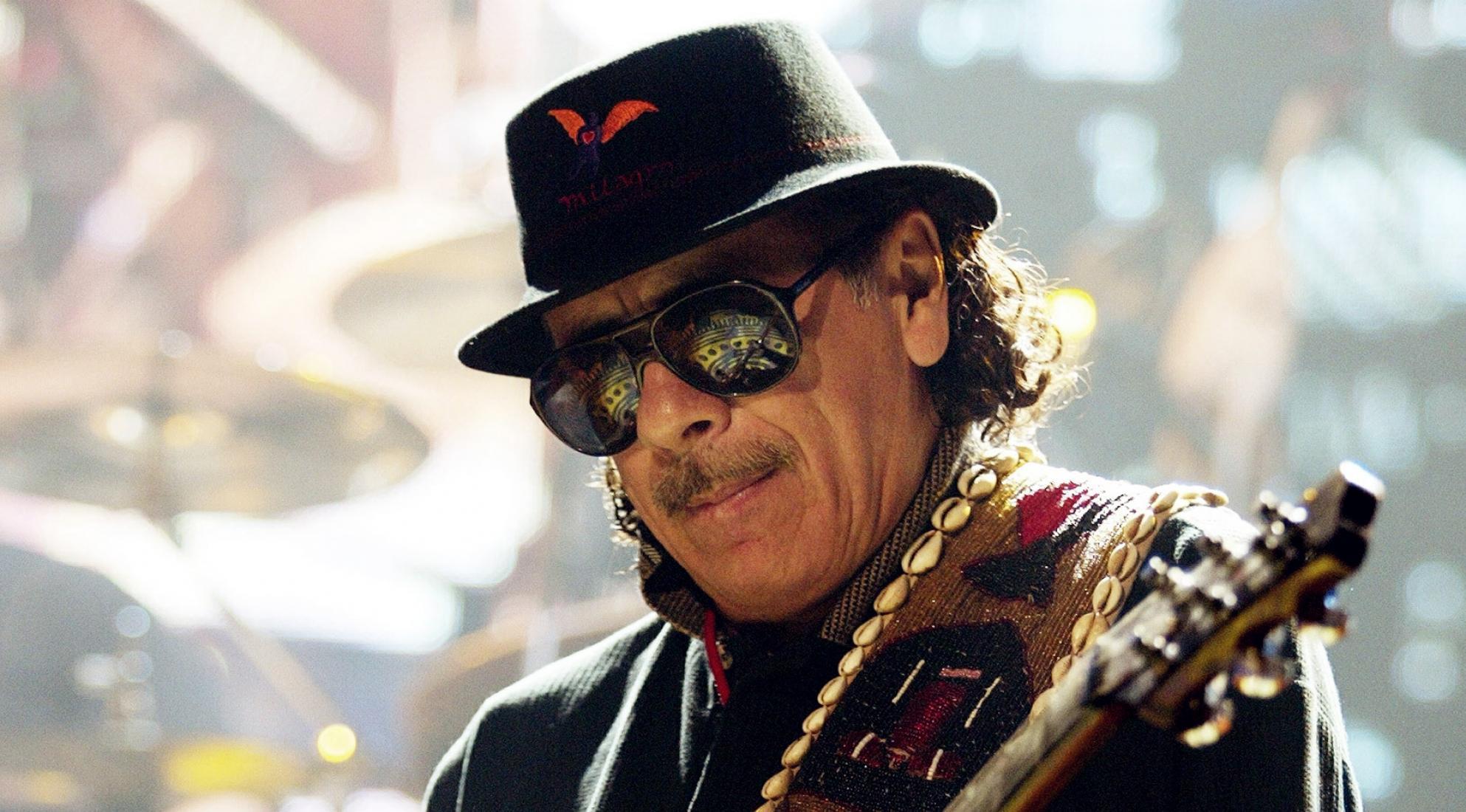 Carlos Santana se presentará en el festival de Woodstock 50
