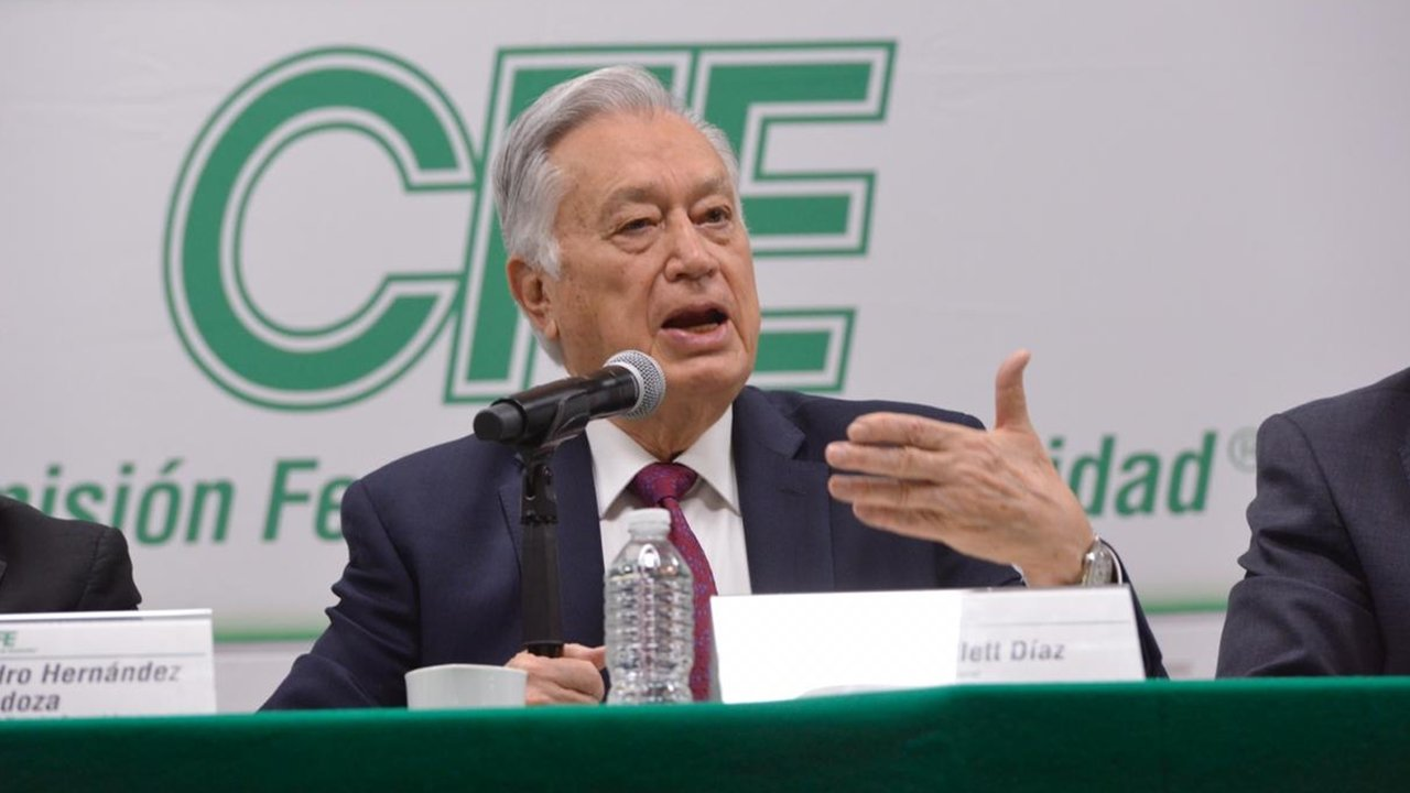 Tras retraso y suspensión, CFE reporta pérdidas trimestrales por 13,900 millones