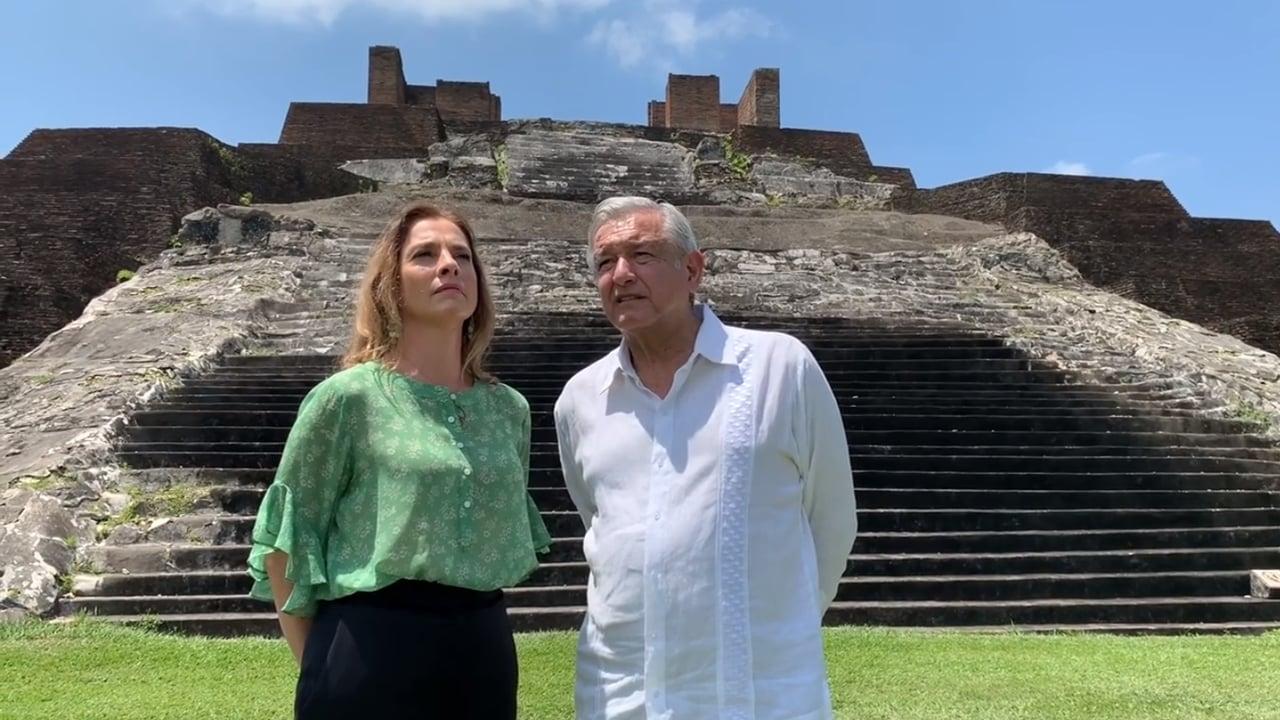 'Les alejamos del atraso tribal'… Escritores españoles critican a AMLO