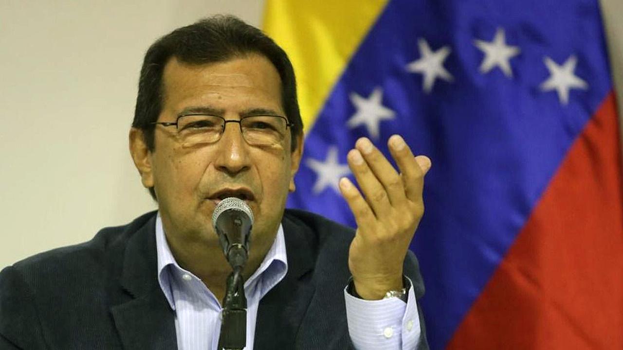 Maduro designa a hermano de Chávez como embajador en Cuba