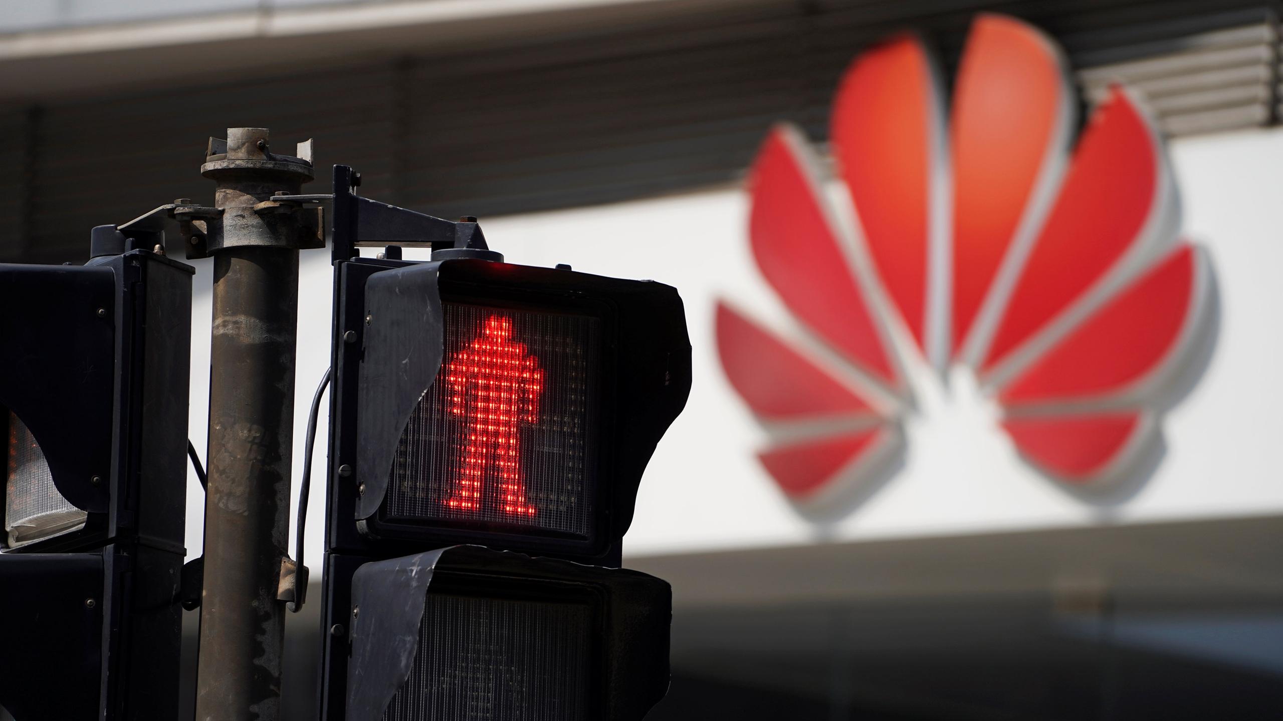 Reino Unido acusa fallos de seguridad en las redes de Huawei